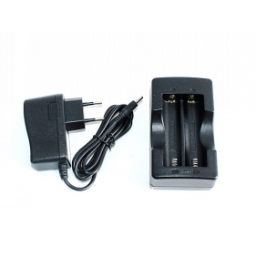 Wholesale HXY Digial Li-Ion Battery Charger for 18650 and 17670