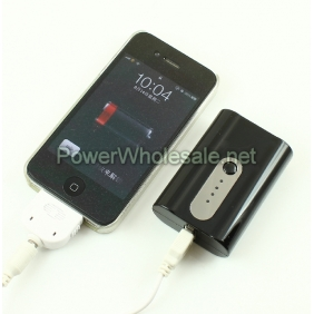 Wholesale 5200mah portable mini power bank best for traveling with LED