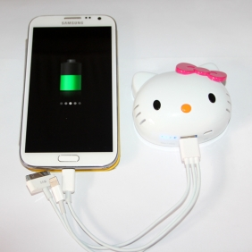 Wholesale 2014 fashion hello kitty portable power bank cute power bank with high capacity 8000mah